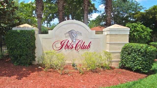 8225 Ibis Club Dr #202 – Naples