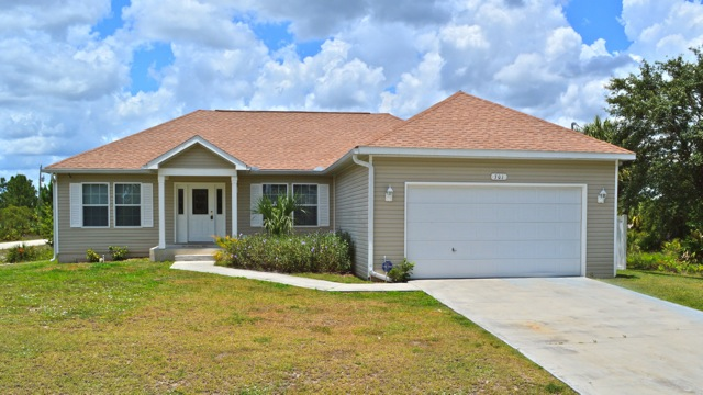 301 E 9th St – Lehigh Acres