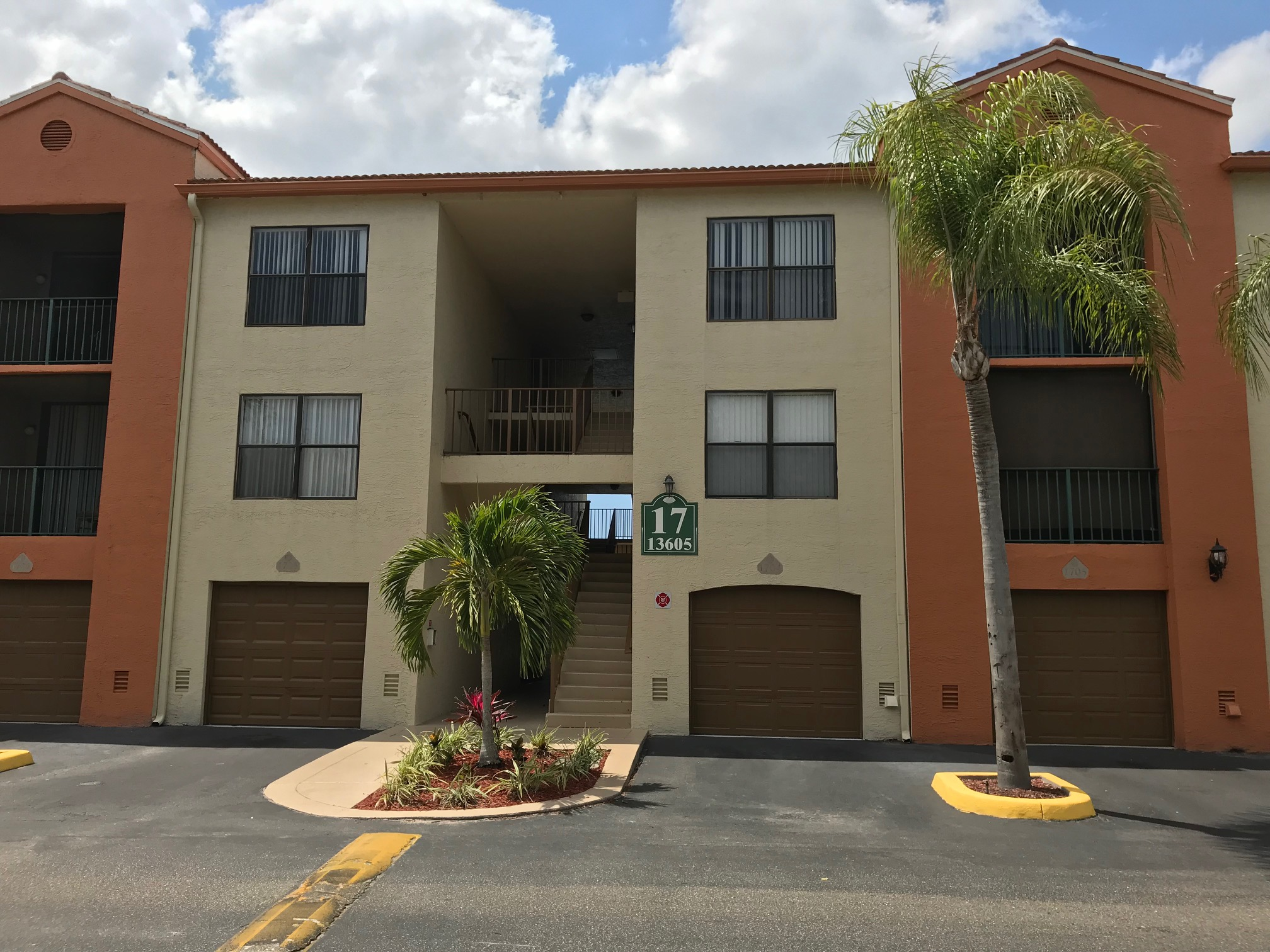 13525 Eagle Ridge Dr #621 – Fort Myers